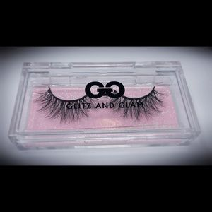 🎀Glitz & Glam Cruelty Free Lashes- Huntington🎀